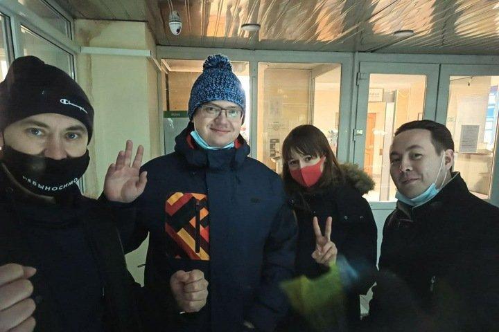 Депутат гордумы Томска получила штраф за организацию шествия в поддержку Навального