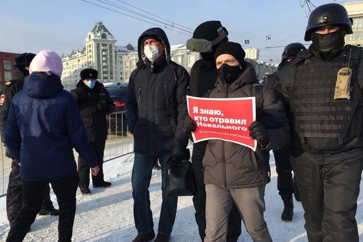 Новосибирский депутат потребовала расследовать противоправные действия силовиков на акциях 23 января