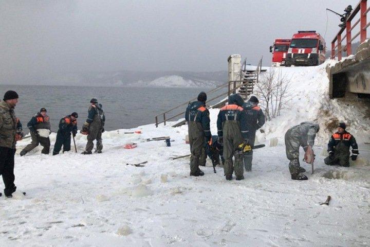 МЧС сняло режим повышенной готовности из-за угрозы подтопления поселка на Байкале