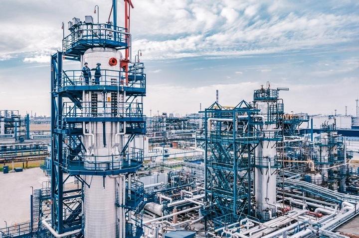 «Газпром нефть» инвестирует более 32 млрд в новый производственный комплекс в Омске