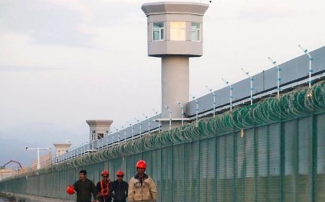 Ползучая ассимиляция: причины притеснения в КНР уйгуров
