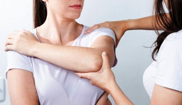 Полезные упражнения: что дает лечебная физкультура