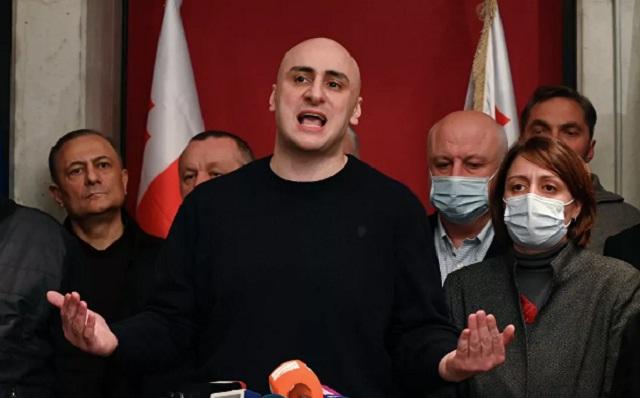 Почему Грузия снова протестует и строит баррикады