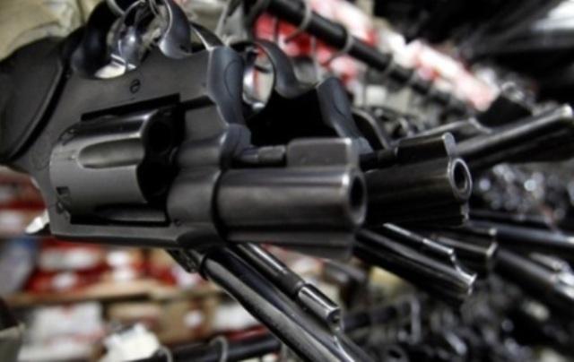 С собой не возьмешь: как в Украине легализируют огнестрел