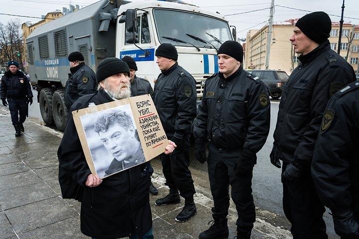 Акции памяти Немцова пройдут в крупных городах Сибири