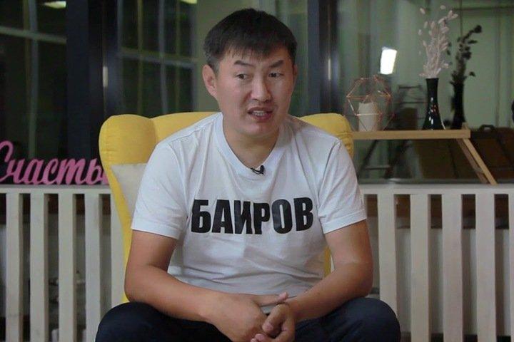 Пострадавшего при голодовке в ИВС бурятского блогера оставили лечиться под стражей