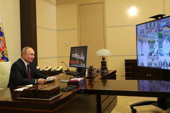 Путин посмеялся над средней зарплатой новосибирцев