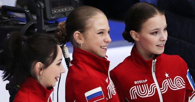 Медальный хет-трик: российские фигуристки заняли весь пьедестал на ЧМ