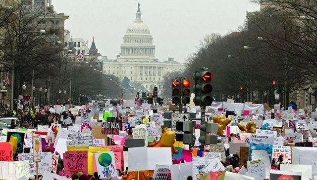 Женский месяц: как в США ценят права женщин