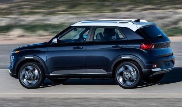 Паркетный кроссовер Hyundai снова в объективе