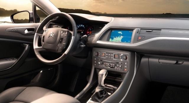 Новый седан Citroen C5: первые фотографии