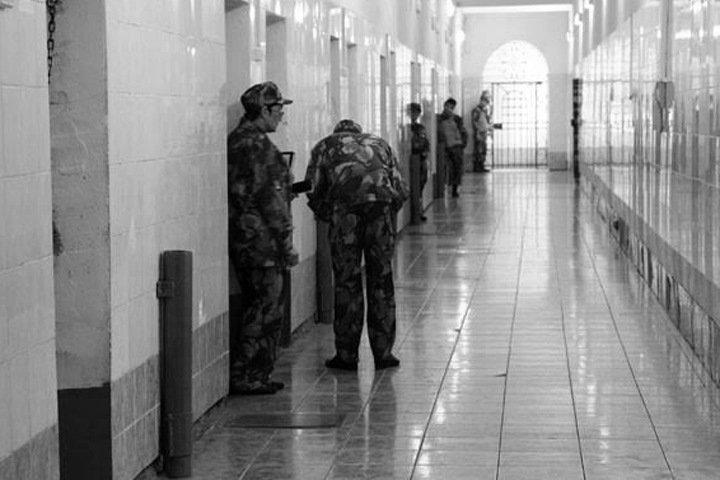 Как начиналось крупнейшее в России дело о пытках: «Первую неделю все камеры были в крови»