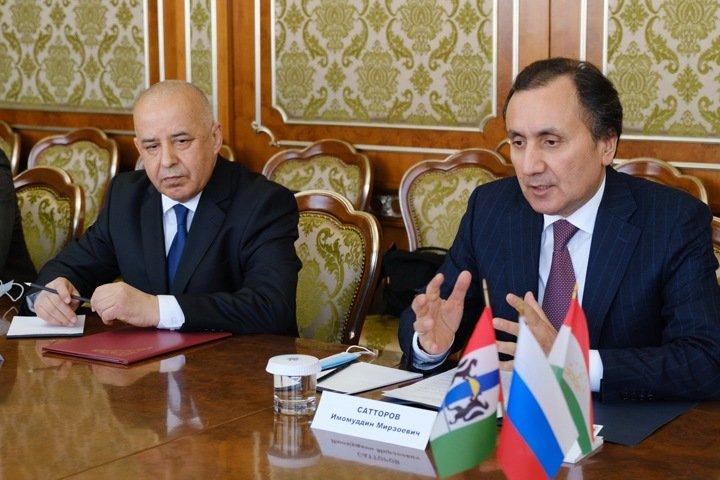 Нового генконсула Таджикистана представили в Новосибирске
