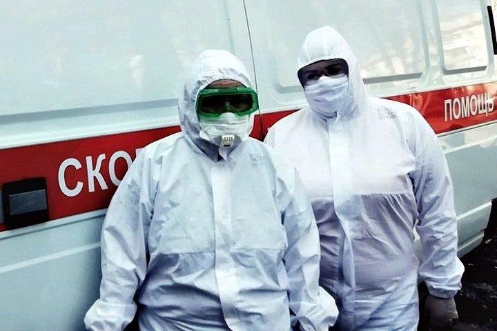 Конфликт медиков в Бийске: на вызовы с COVID-19 отправляют лишь «избранных»