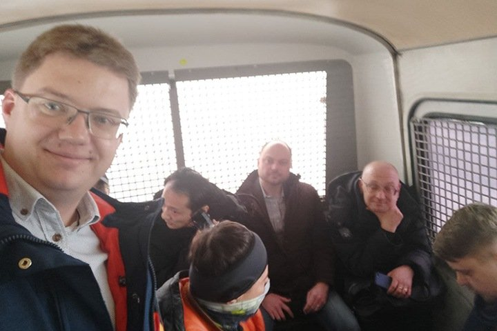 «Российская демократия вышла на новый уровень»: новосибирские депутаты поддержали задержанных в Москве коллег