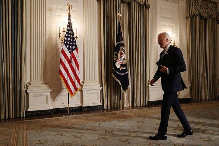 Омский депутат-единоросс публично назвал президента США «главным пиндосом»