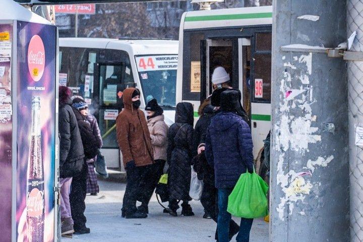 Концессию по «умным остановкам» Новосибирска попросили приостановить. Депутат объяснил причины