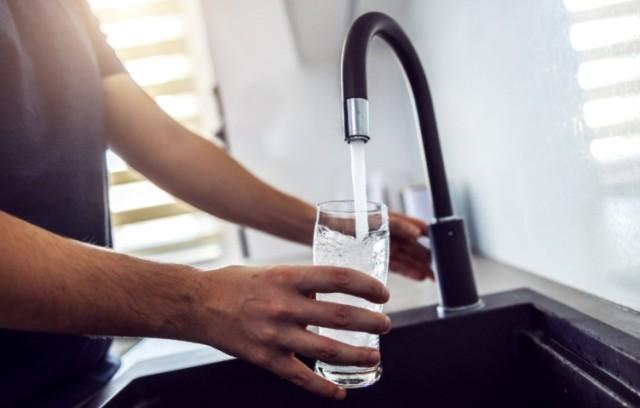 Живая влага: для чего ощелачивать питьевую воду