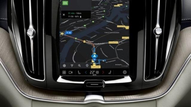 Volvo XC60 получил модельный декор и мультимедиа на Android