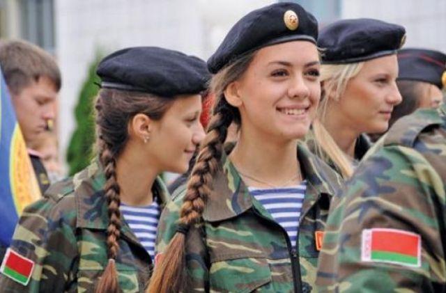 Нежная сила: как женщины служат в армиях мира