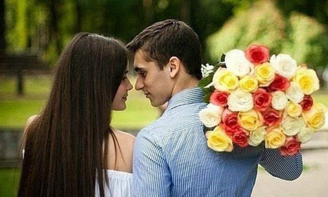 Сезонная любовь: ученые открыли лучшее время года для свадьбы