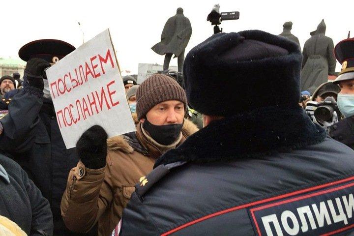 Перегибы на местах. Как объяснить поведение силовиков на акциях в поддержку Навального