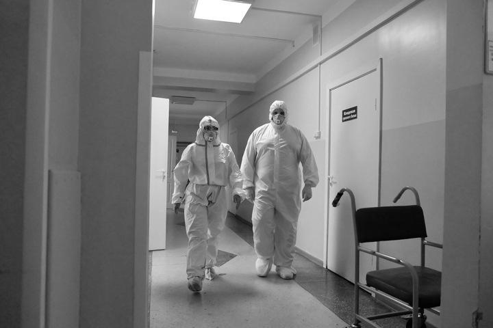 Еще пять человек скончались от коронавируса в Новосибирске