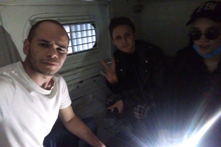Полиция задержала главу штаба Навального в Иркутске