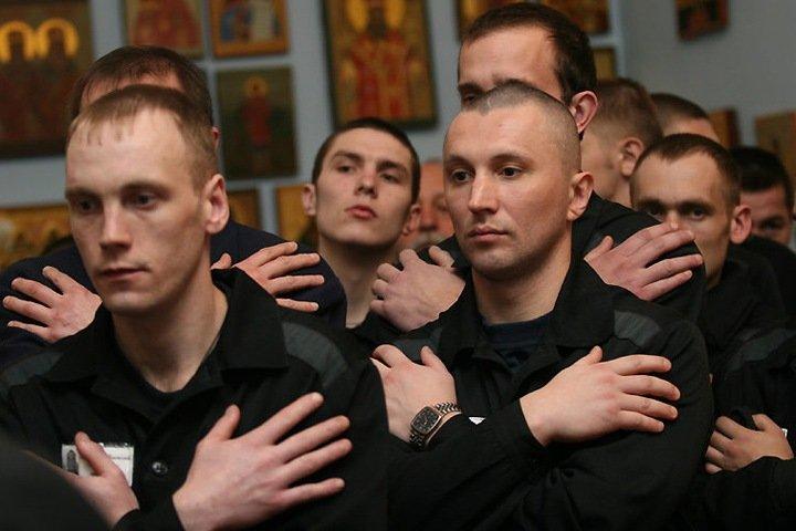 Минюст и СК РФ поддержали идею о работе заключенных на крупных стройках