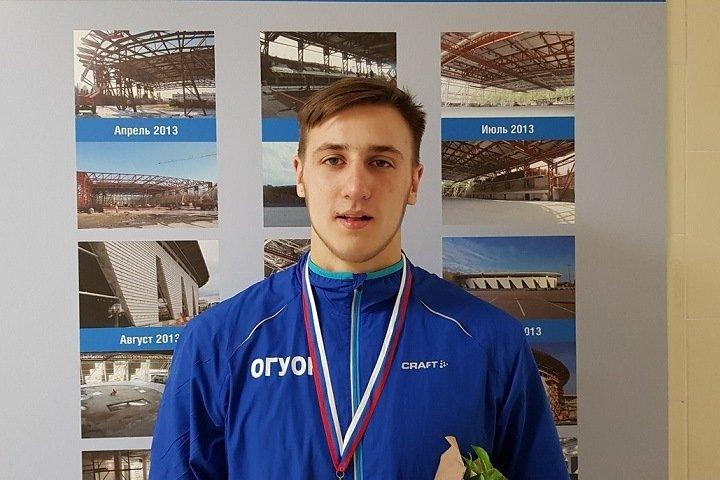Чемпион России по бегу погиб на тренировке в Омске