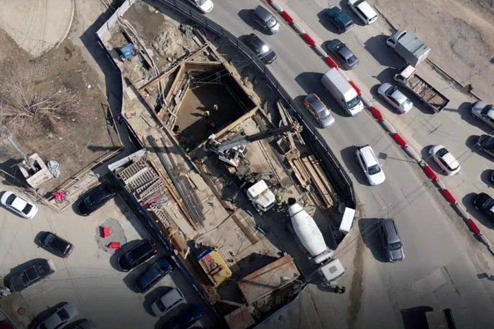 Власти признали просадку труб при строительстве четвертого моста через Обь
