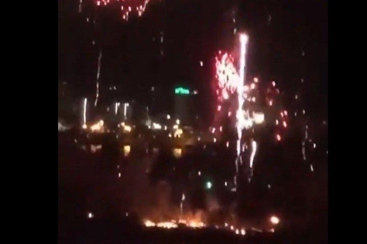 Остров в Красноярске загорелся из-за салюта к 9 мая