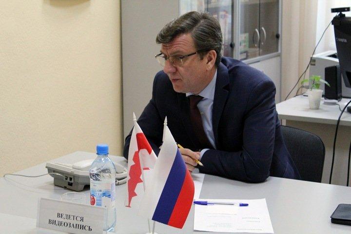 Омского министра здравоохранения нашли живым