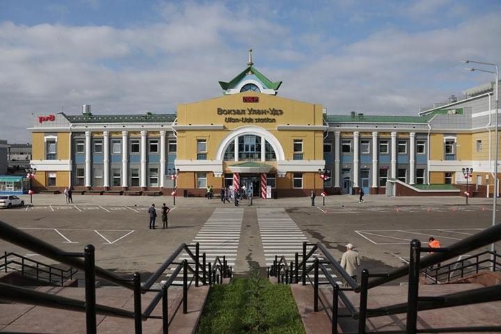 Мужчина выстрелил в себя на вокзале в Улан-Удэ