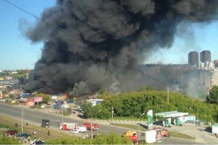 26 человек пострадали при взрыве на АЗС в Новосибирске