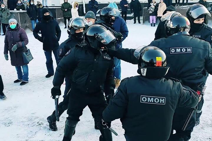 Омская полиция не прислала суду документы по делу о митингах из-за экономии бумаги