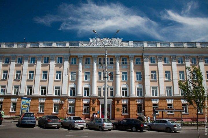 Алтайский медуниверситет решил не пускать на занятия студентов без прививки от коронавируса