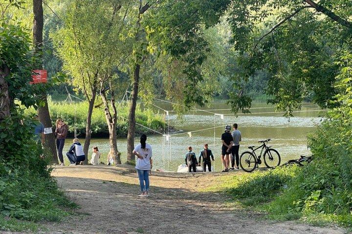 Новосибирцы третий день ищут пропавшего на реке ребенка