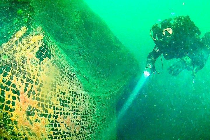 Экспедиция по поиску затонувших сетей стартовала на Байкале