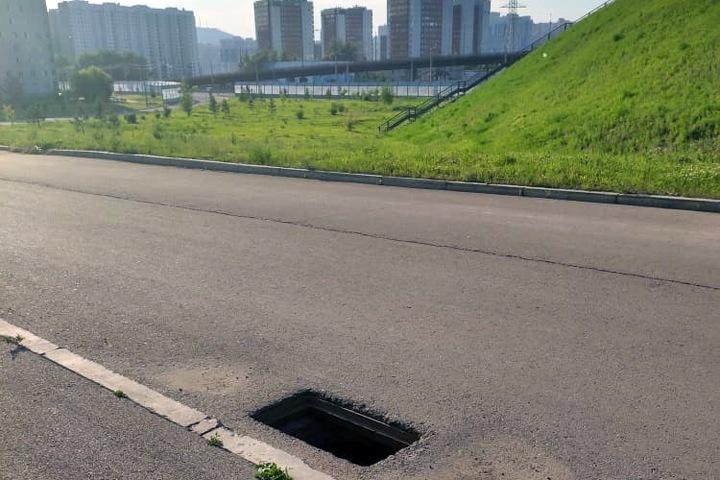 Канализационные решетки украли с дорог Красноярска