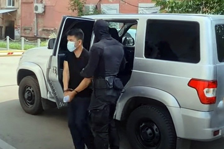 Зама главного следователя Бурятии обвинили в получении 15 млн от адвоката