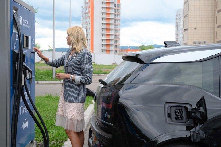 «Россети» продолжат развивать инфраструктуру для электромобилей в Сибири
