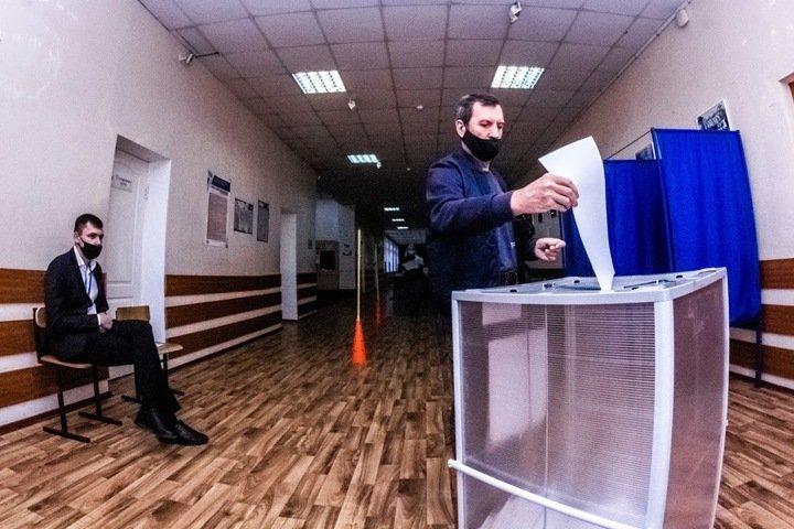 Демократические коалиции собрали на выборах в Сибири