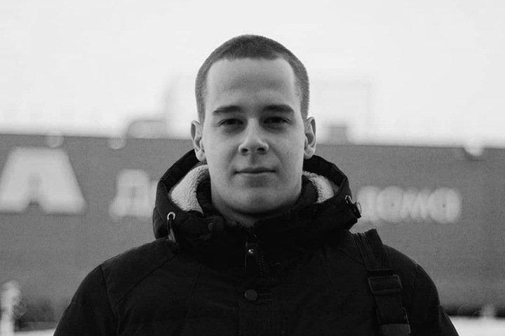 Новосибирская полиция завела дело после гибели сбитого джипом Кирилла Калинина