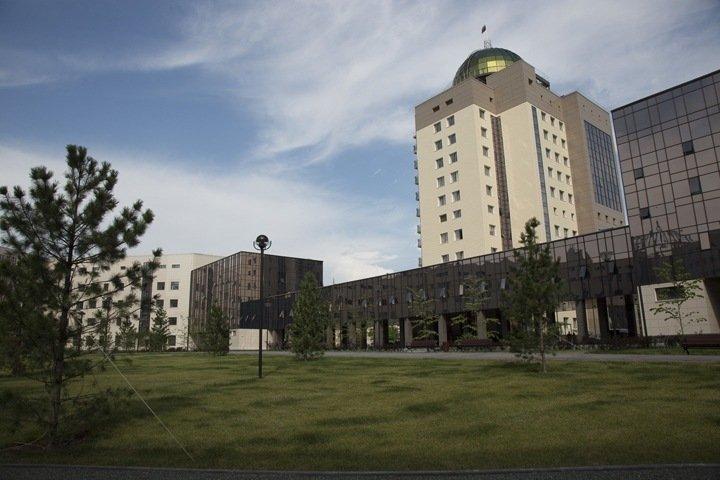 Два новосибирских университета вошли в топ рейтинга экономических вузов по уровню зарплат выпускников