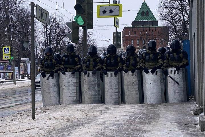 Сколько оппозиционеры заплатят полицейским. Числа недели