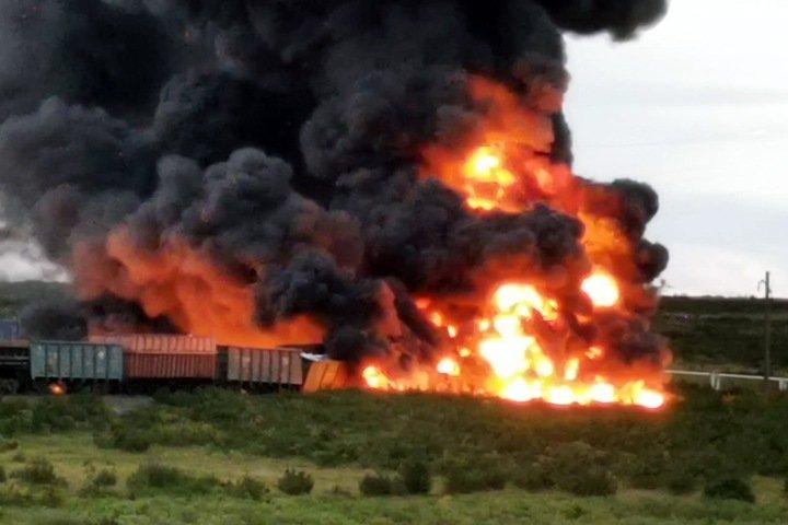 СК завел дело из-за вспыхнувшей цистерны с топливом на станции «Норникеля»
