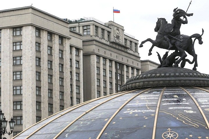 Кто пошел в Госдуму от Новосибирска: деньги сына сенатора и фирмы подозреваемого в мошенничестве
