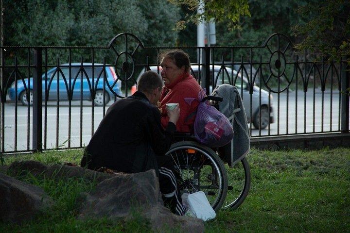 «Им важно вспомнить вкус блинов и домашнего пирога»: кто кормит бездомных в Новосибирске