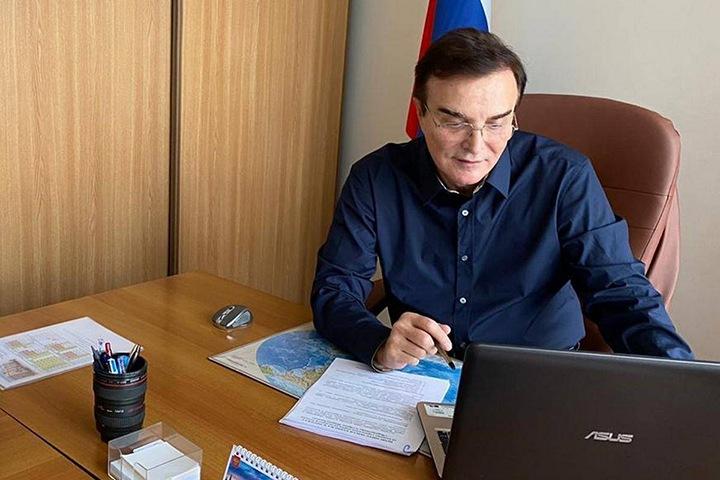 Кузбасский суд отказался снимать с выборов Госдумы единоросса с иностранными активами